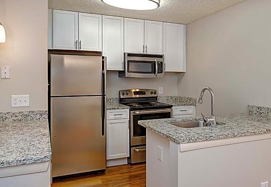 Burke Shire Commons Apartments, Burke, VA