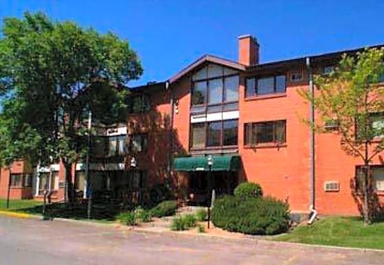 Park Embassy, Saint Louis Park, MN