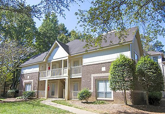 1700 Place, Charlotte, NC