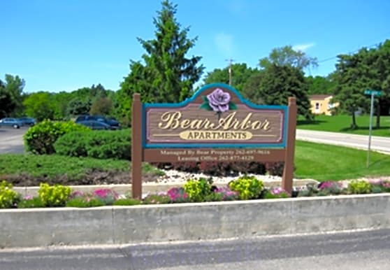 Bear Arbor Apartments, Burlington, WI