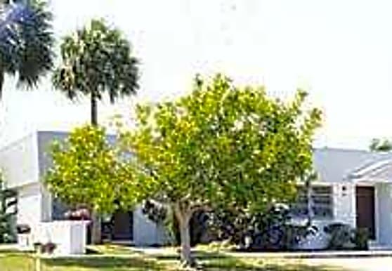 Canterbury Villas, Largo, FL