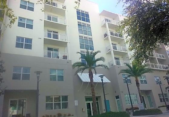 Village Place I Apartments, Fort Lauderdale, FL