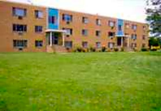 Rose Garden Apartments, Strongsville, OH