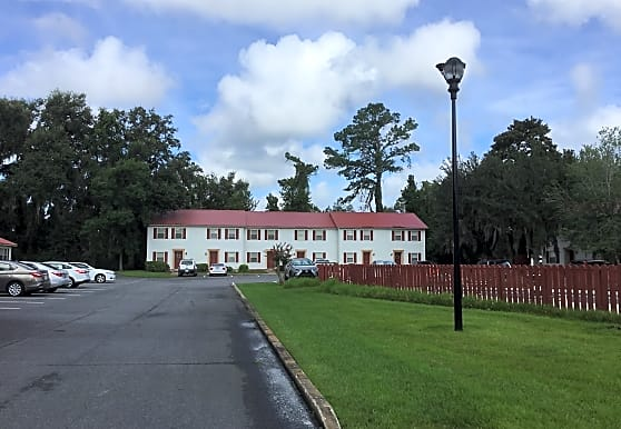 Oak Retreat Apartments, Brunswick, GA