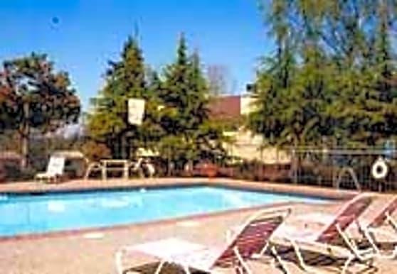 Silver Oak, Mountlake Terrace, WA