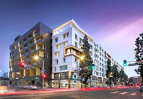 G12, Los Angeles, CA
