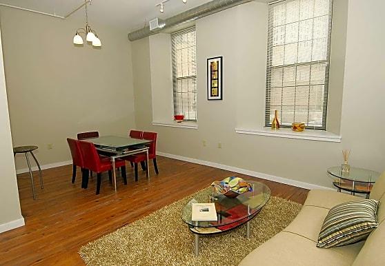 Saratoga Lofts Apartments - Baltimore, MD 21201