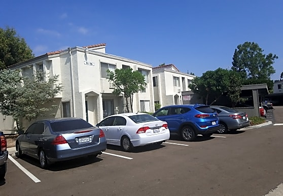 Canyon Creek Apartments, Oceanside, CA