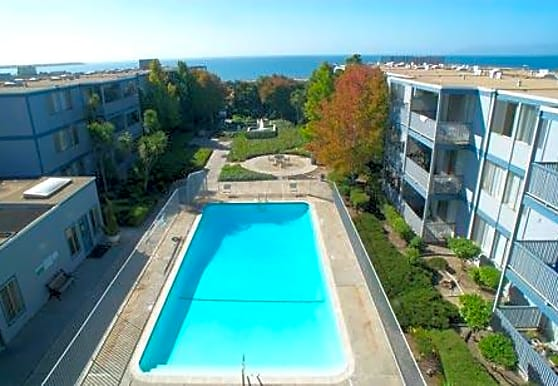 Shoreline Apartments, Alameda, CA
