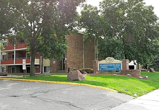 Kensington Place Apartments - Minneapolis, MN 55443