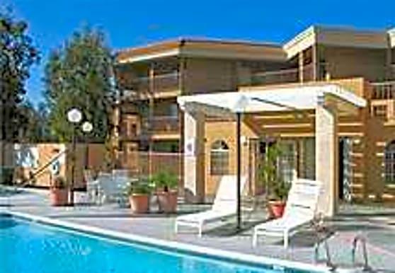 Alder Court, Santa Ana, CA