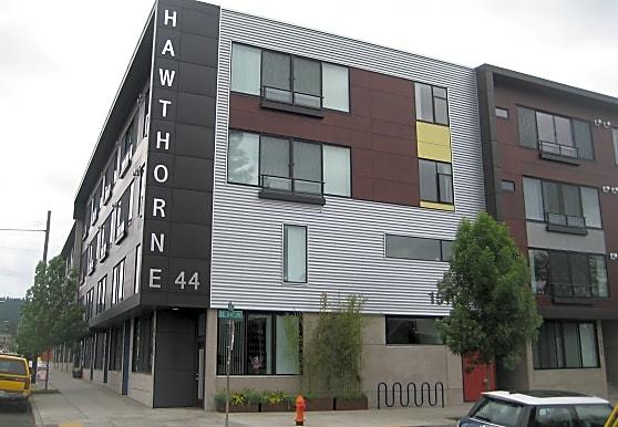 Hawthorne 44, Portland, OR