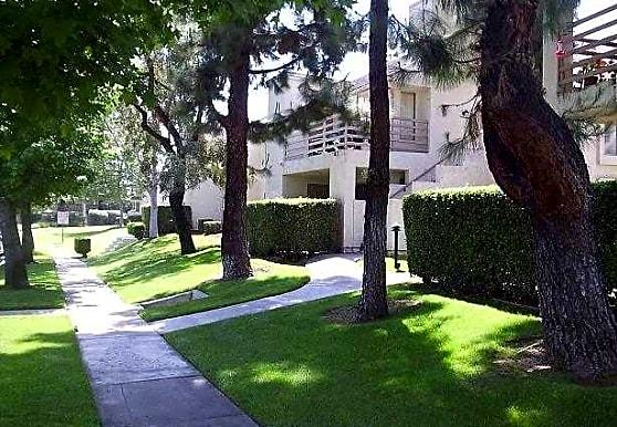 Lomita Court, Alta Loma, CA