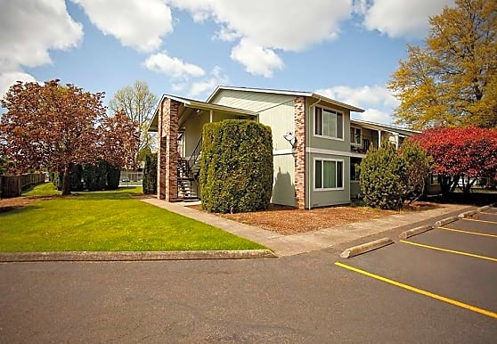 Riviera Village Apartments, Eugene, OR
