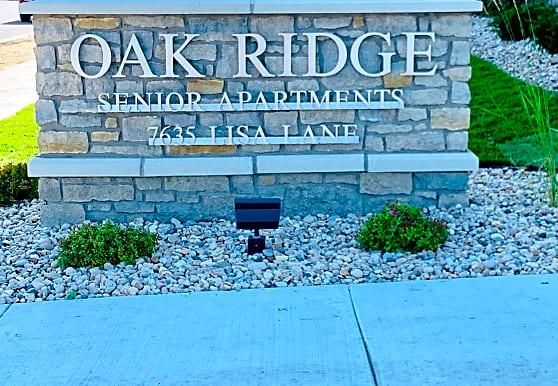 Oak Ridge Senior, Middleton, WI