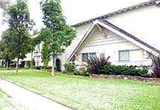 Roberts Apartments, Anaheim, CA