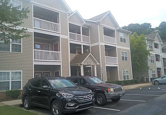 Chestnut Hills Apartments, Raleigh, NC