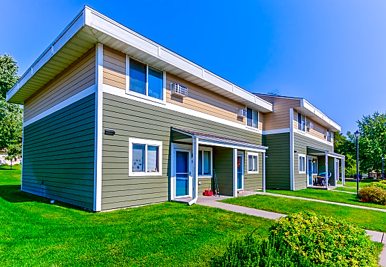 School Square Apartments & Townhomes, Albany, MN