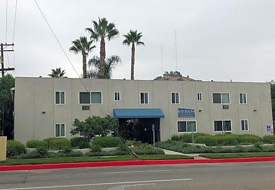 610 South, Glendale, CA