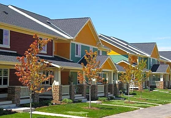 Normandy Townhomes, Cambridge, MN