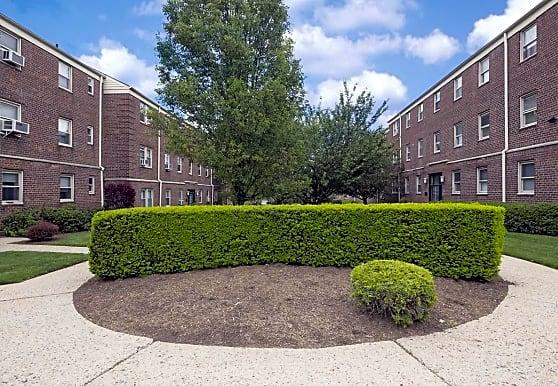 Boulevard Gardens Apartments, Bayonne, NJ