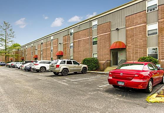 Phoenix Apartments, Groton, CT