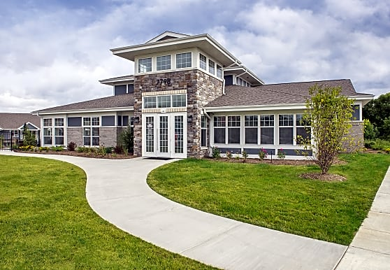 Drexel Ridge Apartments, Oak Creek, WI