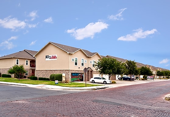 2012 Main Street Apartments - Lubbock, TX 79401