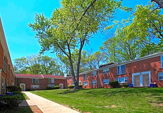 Cypress Gardens, North Plainfield, NJ