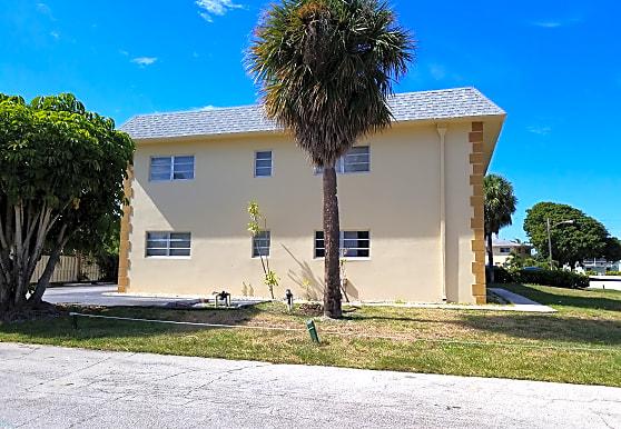 Del Rio Apartments, Boca Raton, FL