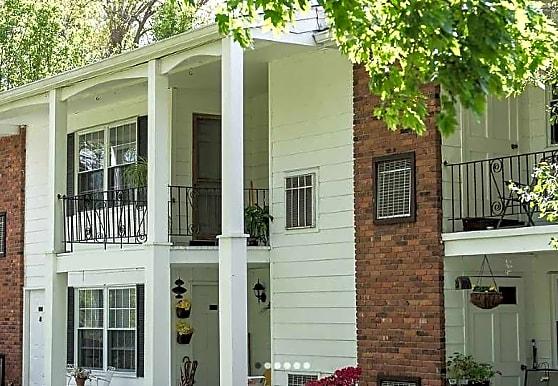 Lamplight Village Apartments, Monroe, NY