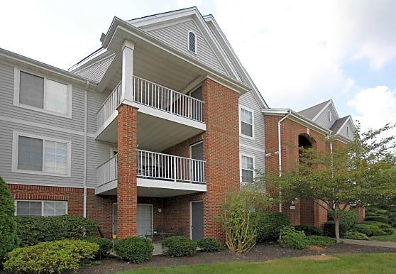 Ivy Hills Place, Newtown, OH