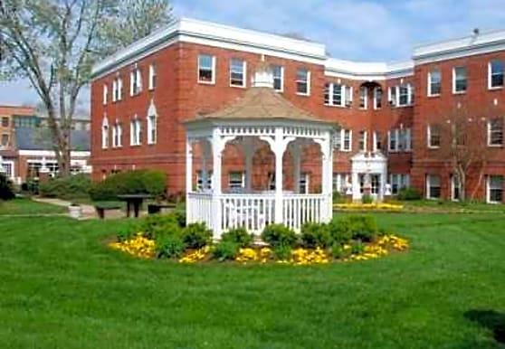 Monticello Lee, Alexandria, VA
