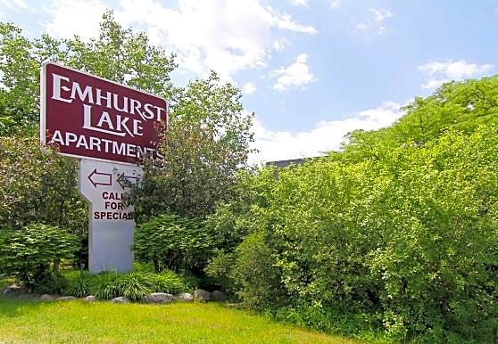 Emhurst Lake Apartments, Waukegan, IL