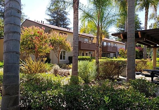 Bellagio Villas, Gilroy, CA