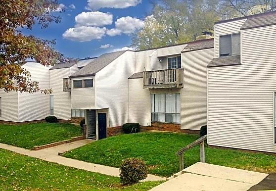 Evergreen Apartments, Overland Park, KS