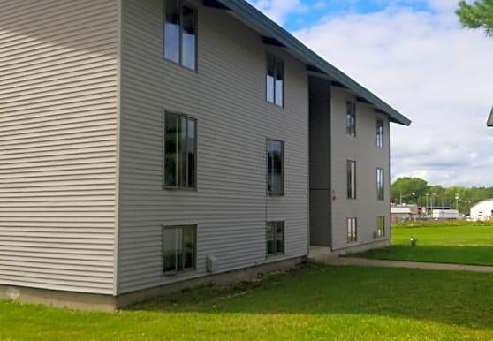 Meadow East Apartments, Potsdam, NY