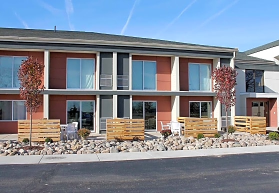 The House - Now Pre leasing for 2014, Lansing, MI