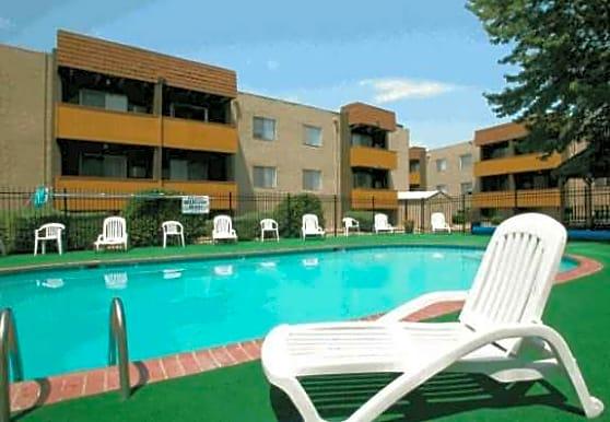 Belmont Manor Apartments, Pueblo, CO