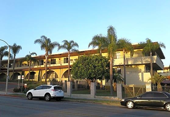Huntington Terrace, Huntington Beach, CA