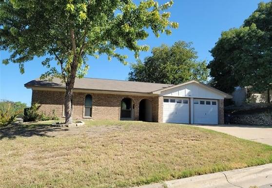7836 Gaston Ave, Fort Worth, TX