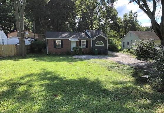 4408 Chamblee Tucker Rd, Tucker, GA