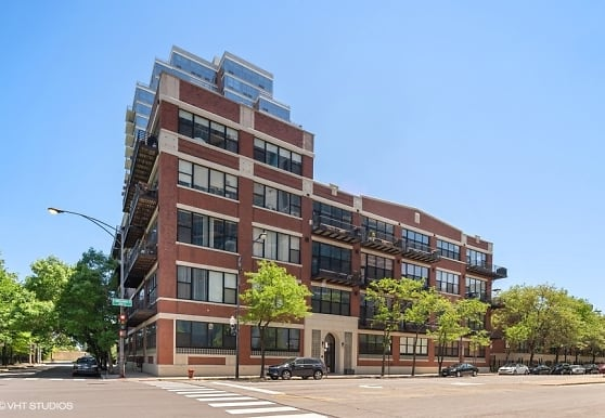 1601 S Indiana Ave 208, Chicago, IL
