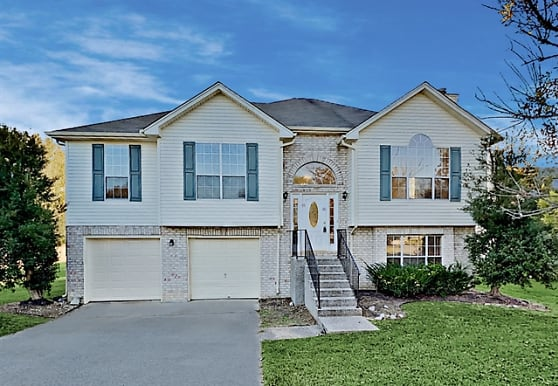 622 Creekfront Drive, Mount Juliet, TN