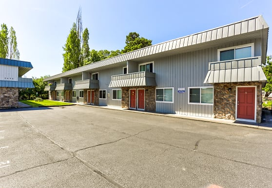 Arrowsmith Apartments, Saint Helens, OR