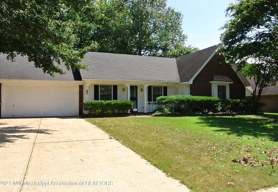7778 Stacey Dr, Southaven, MS