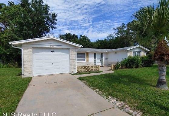 2721 Margie Pl, Holiday, FL