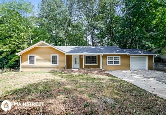 5574 Oak Grove Dr, Acworth, GA