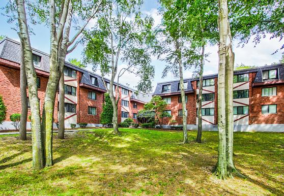 Woodcliff Estates, East Hartford, CT