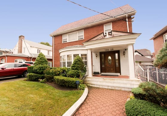 108-28 69th Ave, Queens, NY
